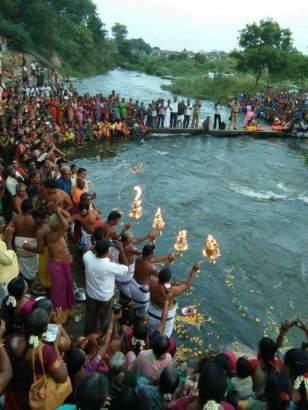 Thamirabarani river arthi